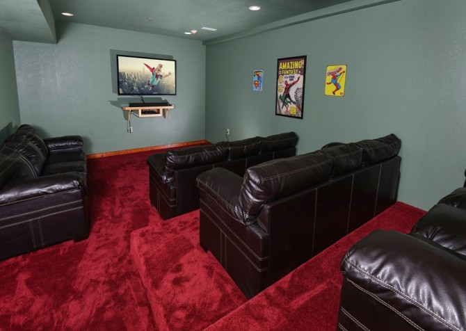 majestic create your own bedroom games. Pigeon Forge Cabin  Majestic Mountain Water Theater Room Cabins