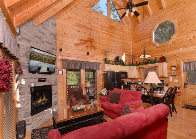 Pigeon Forge - Memory Keeper - living room