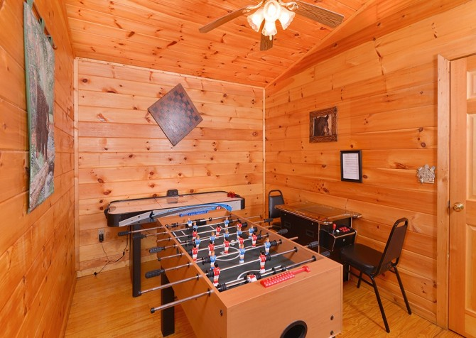 Pigeon Forge - A Moment in Time - Gameroom