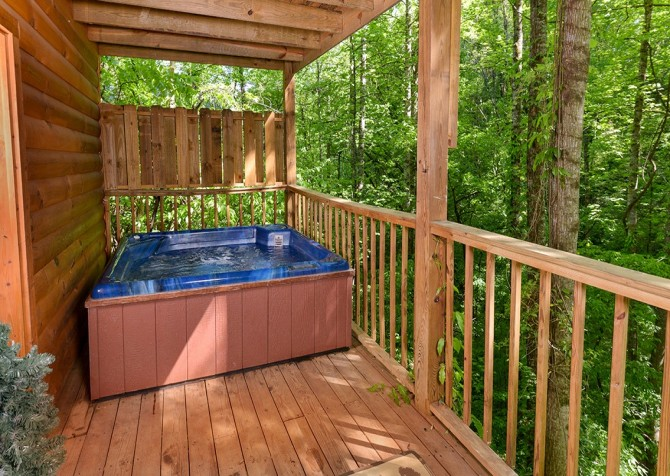 Pigeon Forge - A Moment in Time - Hot Tub