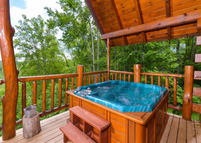 Pigeon Forge - Moondance -hot tub