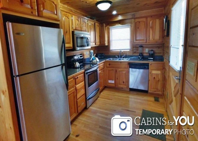 Pigeon Forge - Mountain View - Kitchen Temp