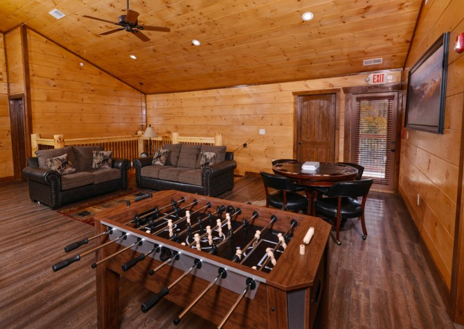 Pigeon Forge - Mountview Paradise - Gameroom Two Foosball
