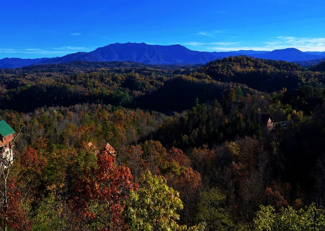 Pigeon Forge Cabin- Mt. LeConte Views Lodge – View