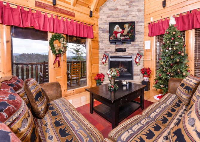 Pigeon Forge Cabin- Oh Yea – Living Room