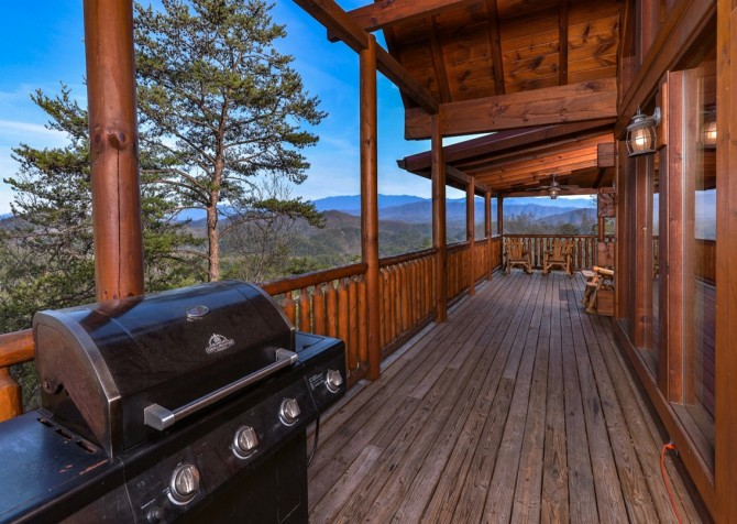 Pigeon Forge Cabin- Once Upon A View – Deck Grill