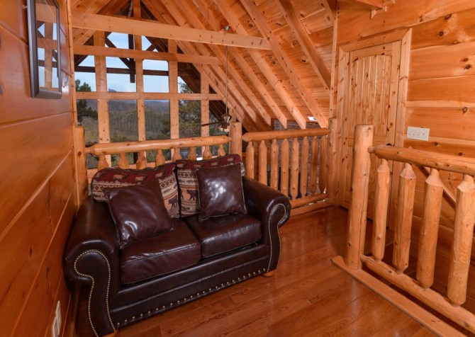 Pigeon Forge Cabin- Once Upon A View – Sleeper Sofa