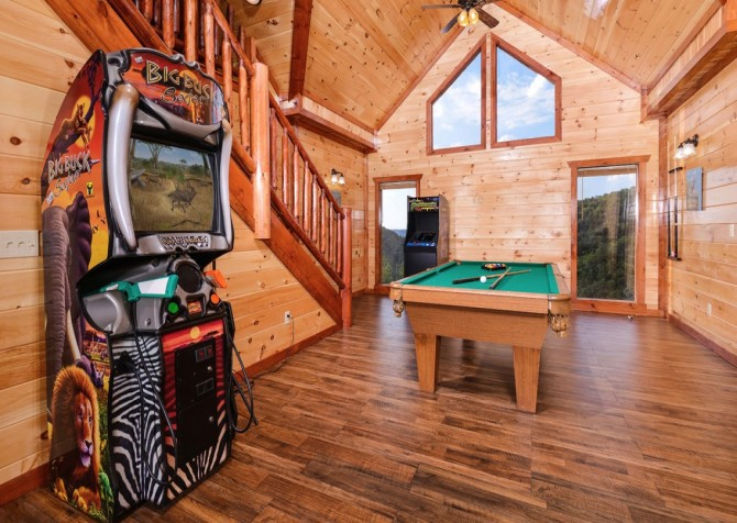 Pigeon Forge Cabin- Paradise in the Mountains – Game Room