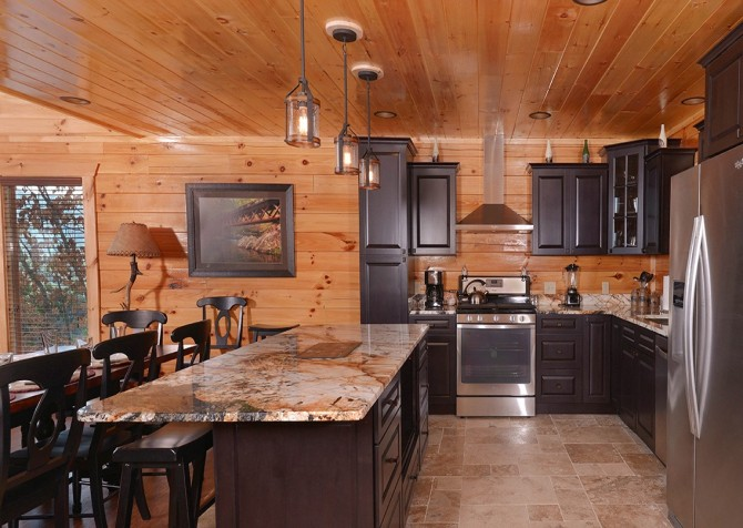 Pigeon Forge Cabin- Paradise Peak – Kitchen