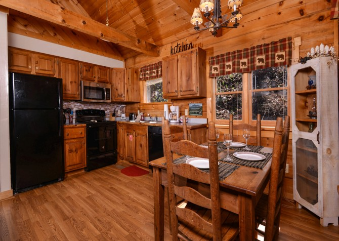 Pigeon Forge - A Perfect Paradise - Dining
