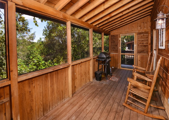 Pigeon Forge - A Perfect Paradise - Screened Porch