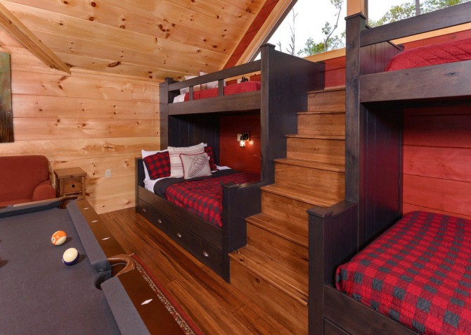 Pigeon Forge Cabin- Point of Grace – Loft Bunk Beds