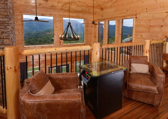 Pigeon Forge Cabin- Point of Grace – Sit Down Arcade