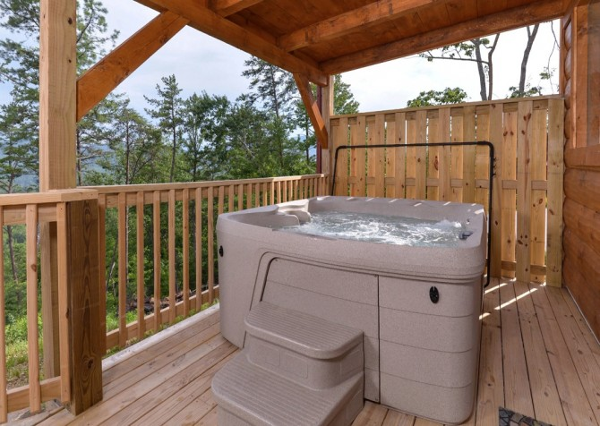 Pigeon Forge - A Point of View - Hot Tub