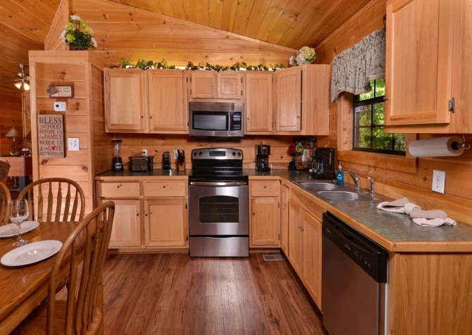 Pigeon Forge - Rocky Top - Kitchen