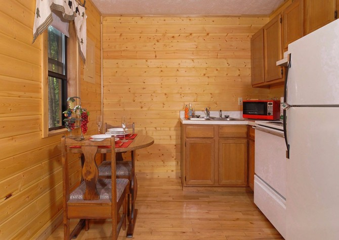 Pigeon Forge - Romantic Retreat - Kitchenette
