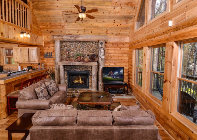 Pigeon Forge - Saddle Creek - Living Room