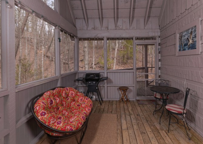Pigeon Forge - A Secret Romance - Screened Porch