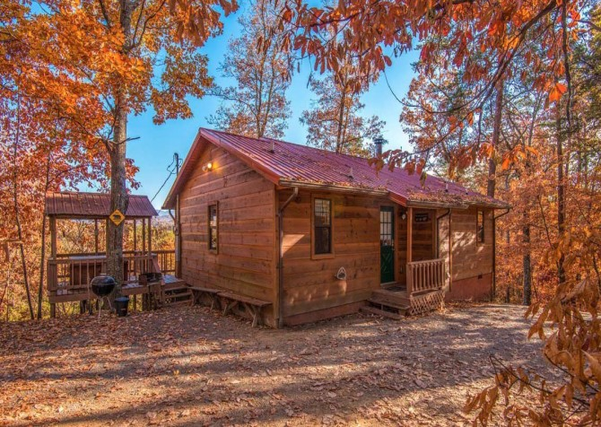 Pigeon Forge Cabin - Serenity - Cabin Exterior