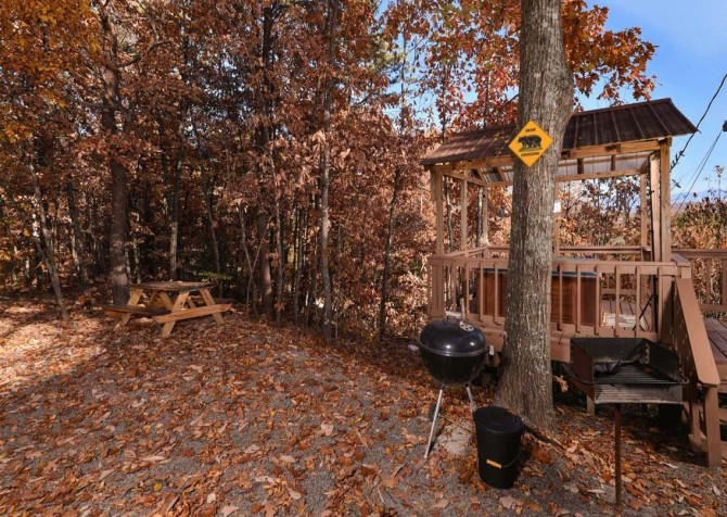 Pigeon Forge Cabin - Serenity - Outdoor Grill