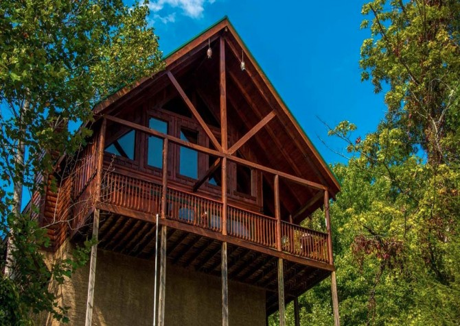 Pigeon Forge - Sherwood Sanctuary - Cabin Exterior