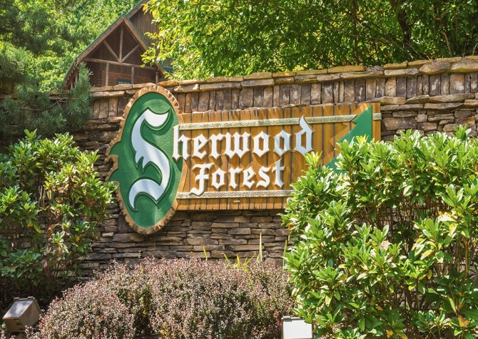 Pigeon Forge - Sherwood Sanctuary - Resort Sign