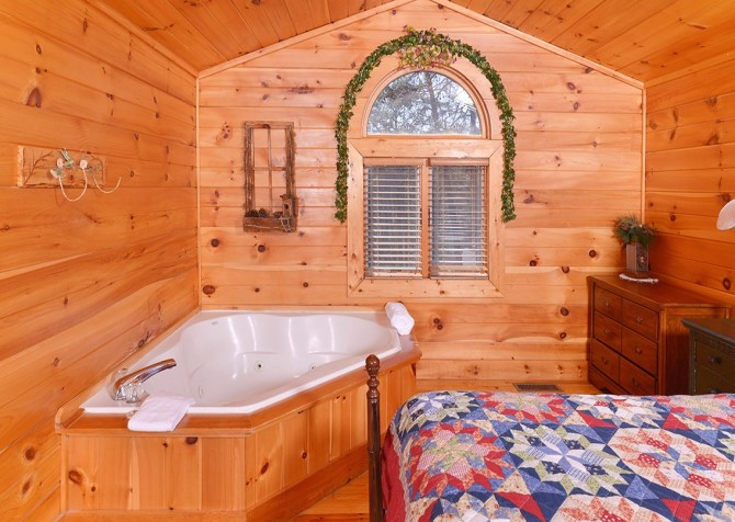 Pigeon Forge Sky Surfer Indoor Jetted Tub
