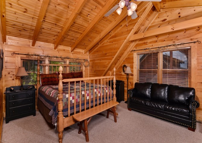 Pigeon Forge Sleepy Hollow Bedroom