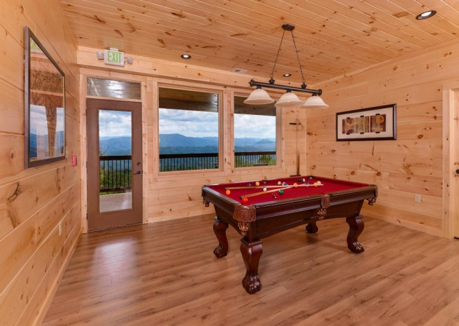 Pigeon Forge Smoky Mountain Manor Recreation Room