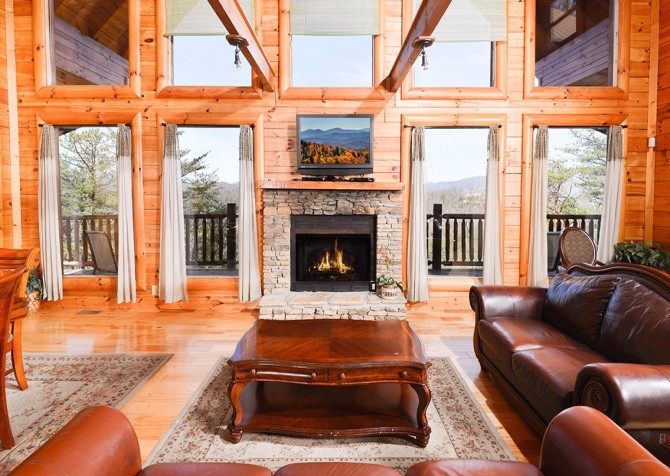 Pigeon Forge Smoky Mountain Splash Living Room