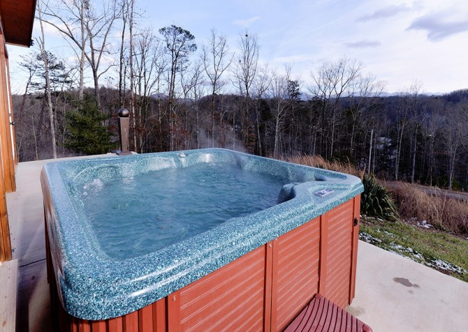 Pigeon Forge - A Splashtastic View - Hot Tub