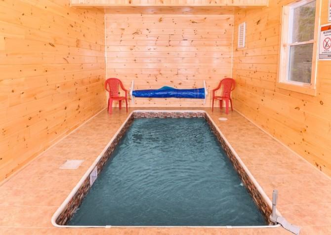 Pigeon Forge Splish Splash Indoor Pool