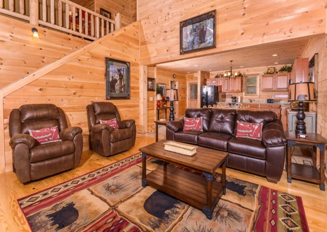 Pigeon Forge Splish Splash Living Room