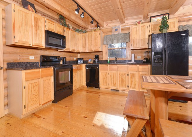 Pigeon Forge Sweet Dreams Kitchen