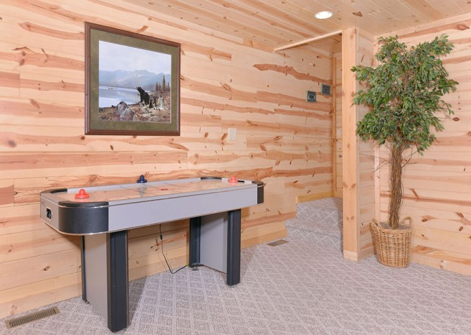 Pigeon Forge Sweet Dreams Recreation Room