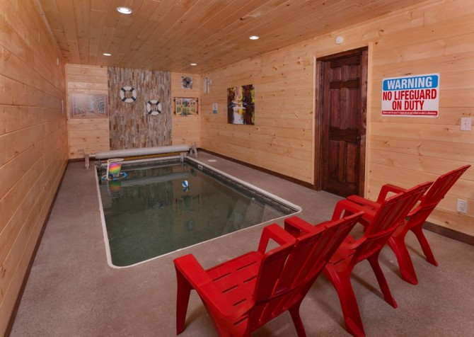 Pigeon Forge Sweet View Springs Indoor Pool