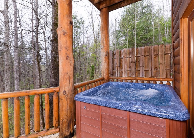 Pigeon Forge The Great Escape Hot Tub