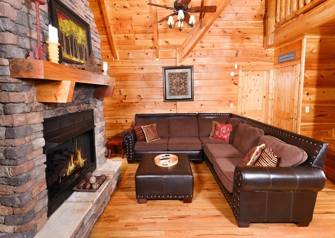 Pigeon Forge The Great Escape Living Room Part 70