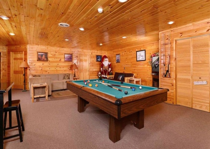 Pigeon Forge The Lodge at Gists Creek Recreation Room