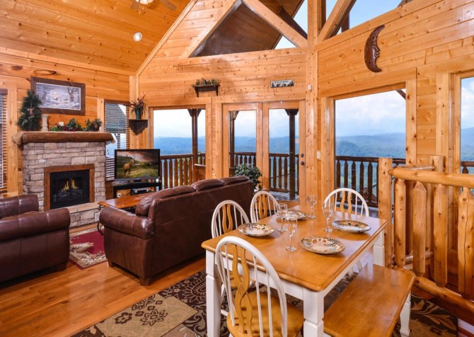 Pigeon Forge - The View - Dining Room