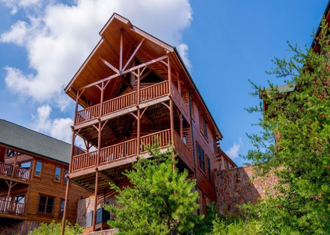 Pigeon Forge - The View -  Exterior