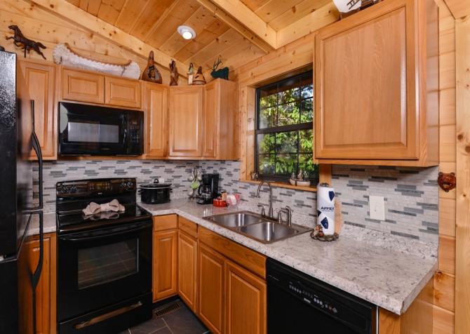Pigeon Forge - Traveler's Rest - Kitchen