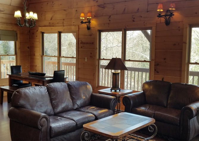 Pigeon Forge - A View to Remember - Living Room
