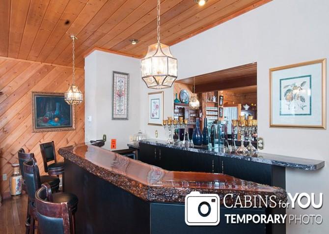Pigeon Forge Cabin - Von Bryan Estate - Bar Temp