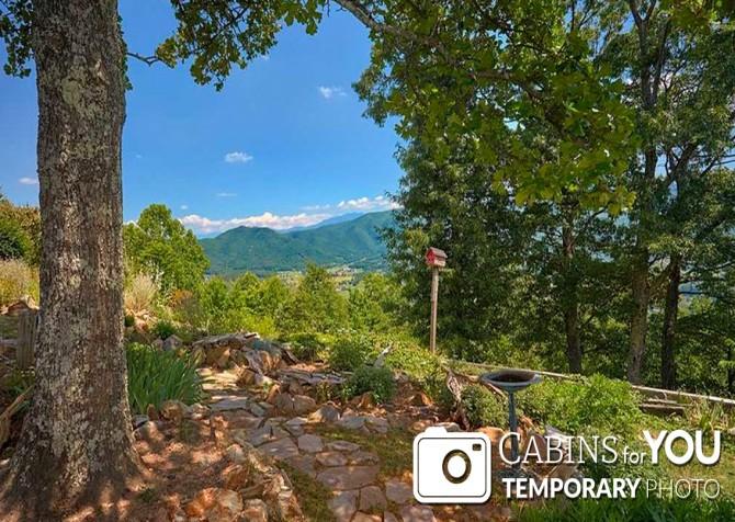 Pigeon Forge Cabin - Von Bryan Estate - View Temp