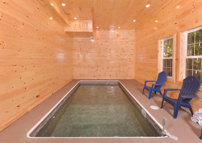 pigeon forge- keatons kabin- pool