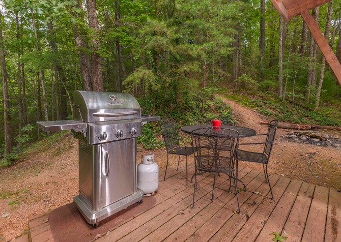 Gatlinburg Cabin- Powdermill Lodge – Deck Seating