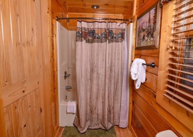 Sevierville - Like A Comet - Bathroom Three Shower