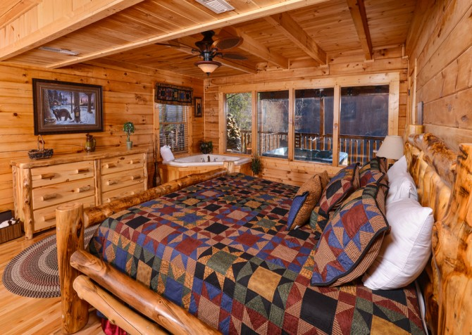 Sevierville - Like A Comet - Bedroom Two