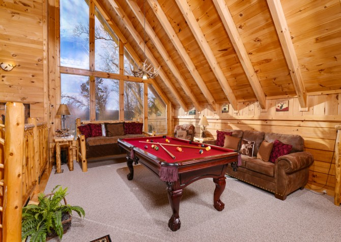Sevierville - Like A Comet - Gameroom & View
